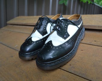 Vintage Dr. Martens Spectator Size 5 Made in the UK Man Made Soles Classic Oxford Colorway with Thick Sole Black and White 4-Eyelet Docs