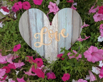 Rustic Reclaimed Wooden heart with chippy chalk paint