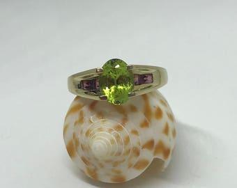 14k Yellow Gold Peridot and Garnet Ring
