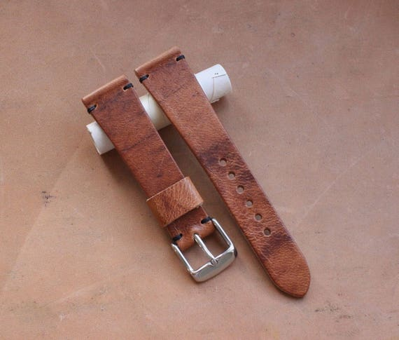 20/16mm Horween Dublin watch band with simple stitching