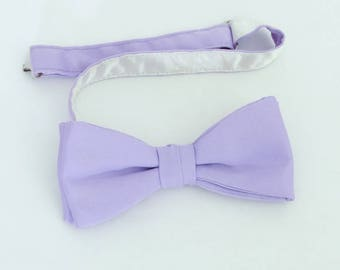 Vintage (70's/80's) Unlabeled lavender purple polyester clip-on bow tie