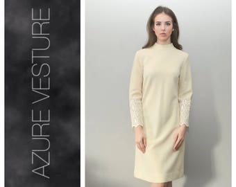 1960s 70s Dress. 60s 1970s Mod, Knit, A-line, Hippie, Shift Dress. Modest Wedding Dress Alternative.