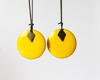 Earrings ° Sequins enamelled (yellow)