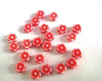 20 beads acrylic red flower 6 x 4 mm