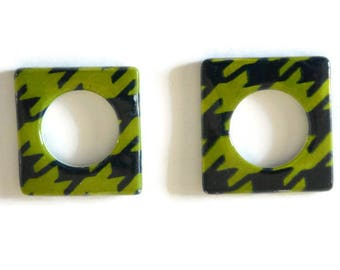 2 square green and black 25mm pearl beads