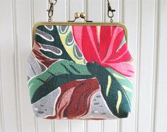 "Pink Green Gray Brown ""Amoeba Pond"" Underwater Life 1930s Vintage Barkcloth Fabric 8"" Antique Brass Kisslock Frame Crossbody Shoulder Bag"