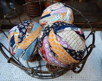 Old Quilt Rag Balls, Primitive Bowl Fillers, Cottage Style, Primitive Rag Balls, Prim Spring Decoration, Cutter Quilt Rag Balls, Set of 3