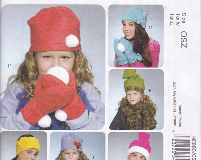 FREE US SHIP McCall's Fashion Accessories 5993 Sewing Pattern Girls Fleece Mittens Hats Fingerless Gloves Scarves Scarf 2009 New