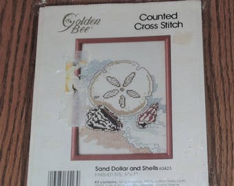 """Sealed 1990 Golden Bee SAND DOLLAR And SHELLS #60423 Counted Cross Stitch Kit 5""""x7"""""""