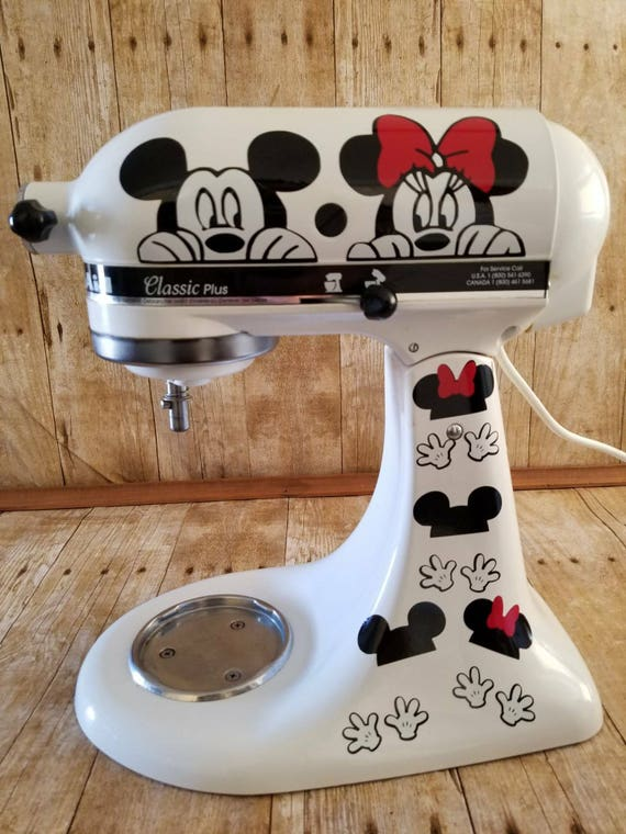 minnie mouse kitchen accessories mickey and minnie mouse gloves kitchen decor stand 7520