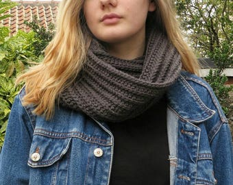 Chunky Grey Ribbed Scarf | Hand Knit Chunky Scarf | Winter Cowl | Oversized Cowl | Cosy Infinity Scarf | Hand Made Cowl | Gift For Her