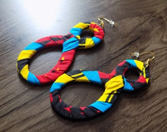 Infinity earring set parure and her bracelets wax