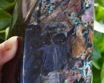 Top Quality Natural Labradorite Freeform Stone