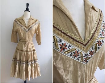 Vintage 1950s Beige Tan Knee Length Midi Squaw Southwestern Fiesta Patio Dress - Sz. Small