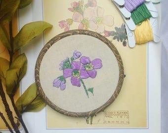 Charles Rennie Mackintosh Floral Botanical Embroidery Hoop