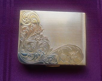 Small Rectangular Compact/ Etched Floral Design /Elgin American/ Goldtone Powder Compact / Made in USA- 1980's