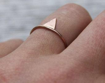 dünner rose gold ring, Mixed Metal ring, dünner Stapel Ring, , mix and match ringe, Dreieck Ring