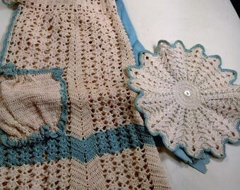 Vintage Hand Crafted Crocheted Apron With Side Pocket And Pot Holder To Match/Beige And Teal (X)