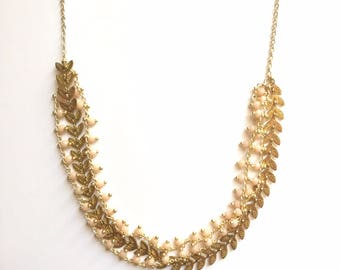 NECKLACE PAULETTE - gold and pink powder