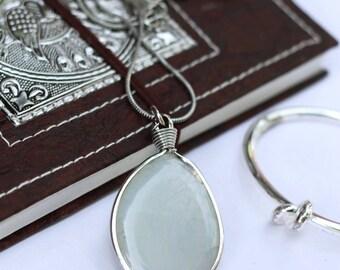 Big agate pendant, green coulomb, natural stone, coulomb with agate, big stone pendant, pendant for women, boho pendant, metal chain pendant
