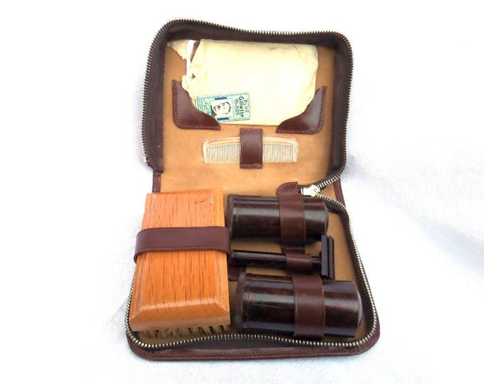Mid Century Grooming Kit, Brown Leather Men's Travel Kit, Bakelite Gillette Razor, Gillette Blue Blades, Containers, Mirror, Comb, Brush