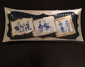 Vintage 1950s Glass Trinket Tray Lovers  Couple Illustrations Blue Gold
