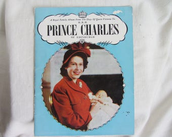 Booklet Royal memorabilia. Queen Victoria to HRH Prince Charles. 1947 Pictorial record & script Children weddings coronations George, Edward