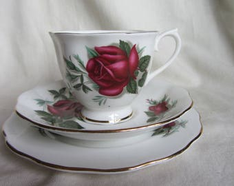 Vintage Royal Albert red and white roses English bone china tea set for one.Trio tea cup saucer plate Bridal shower tea party wedding