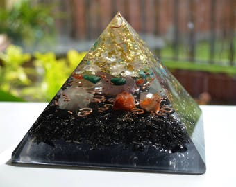 "Love Orgone Pyramid (13.3cm 5.2""), EMF protection, relationships, meditation organite"