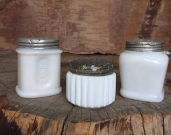Vinage White Glass Jars with Tin Lids (3)