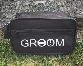 Groom Travel Bag Wedding party favor gift, groomsmen, Bridesmaid, Bride, bachelor, honeymoon, travel, presents, best man, father's day, dad