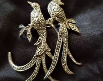 Stunning vintage marcasite brooch.