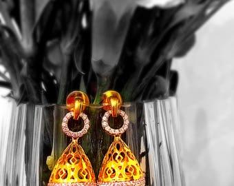 Chandelier round drop earrings