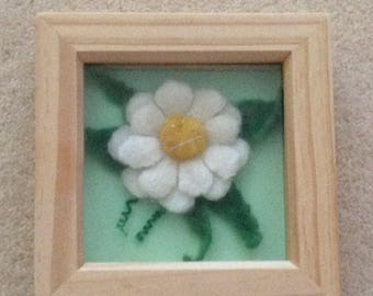 3D White Daisy Picture In Felt