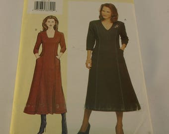 Vogue Pattern 7472 Misses' Petite Dress Size: G-H-I-J Today's Fit by Sandra Betzina