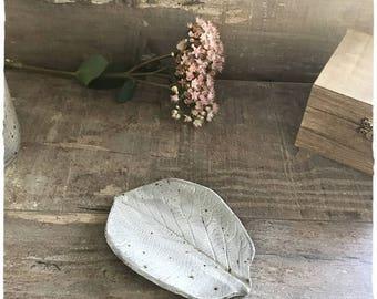 A pretty dish leaf ceramic stoneware chocolate color