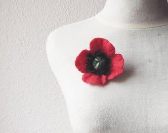 Brooch , Red Felt Brooch, Red Poppy Brooch, Poppy blossom, Flower Brooch and Hair Clip, Felt Flowers, Felt Poppy, Felt Brooch