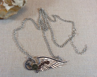 Necklace steampunk jewelry, necklace, COGS and gears, metal silver and copper, jewelry gifts for her angel wing
