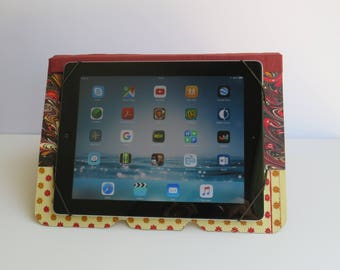 Tablet holder, tablet transport, original, practical, vintage pattern, orange, brown