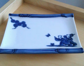 blue and white oriental trinket dish/plate