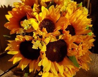 Sunflower Bridal Bouquet - Bride - Bridesmaid - Wedding Flowers - Silk - Artificial - Faux - Wedding Bouquet - Suflower Bouquet
