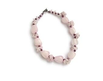 Collier quartz, collier quartz rose, collier rose, collier bordeaux, collier ras du cou, collier pierre, quartz rose
