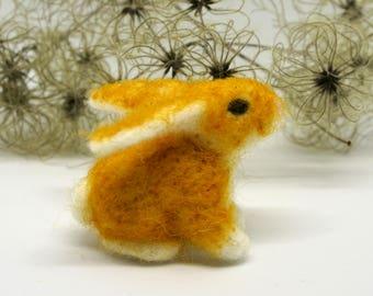 needle felted white Easter bunny, needle felted rabbit, white rabbit, needle felted animal, Easter decoration