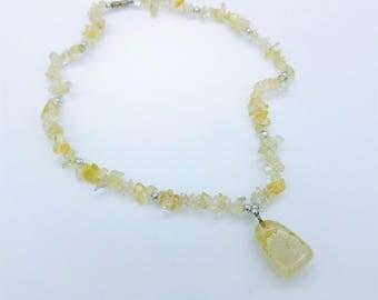 """Vintage Pale Yellow Citrine Quartz Beaded Pendant Necklace  -16"""""""