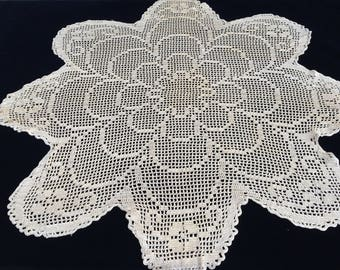 Crocheted Round Tablecloth. Small Vintage Filet Lace Tablecloth. Silk Crochet Lace Antique Gold Colour Tablecloth. Round Tablecloth RBT1870