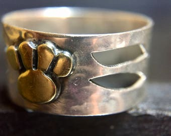 Vintage Native American Sterling Silver Bear Paw Ring   #292