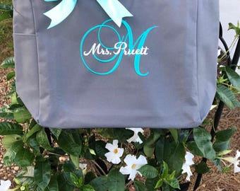 Bridesmaid tote bags , Set of 5 bridesmaid gifts , tote bag , beach bag , bachelorette party gift ,wedding bag , wedding tote bags