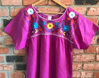 Embroidered Mexican Blouse - L Dark Magenta