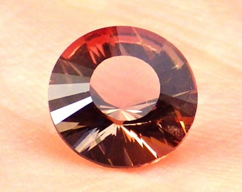 Copper-Pink Oregon Sunstone 0.94 Ct Flawless-Natural Untreated Gemstone-Small Ring Size-For Jewelry!