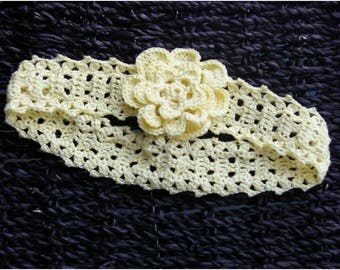Headband crocheted pale yellow head circumference 40 cm
